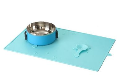 China 48 * 30cm Plastic Pet Mat Colorful Non Slip Silicone Durable Microwave Ovens distributor